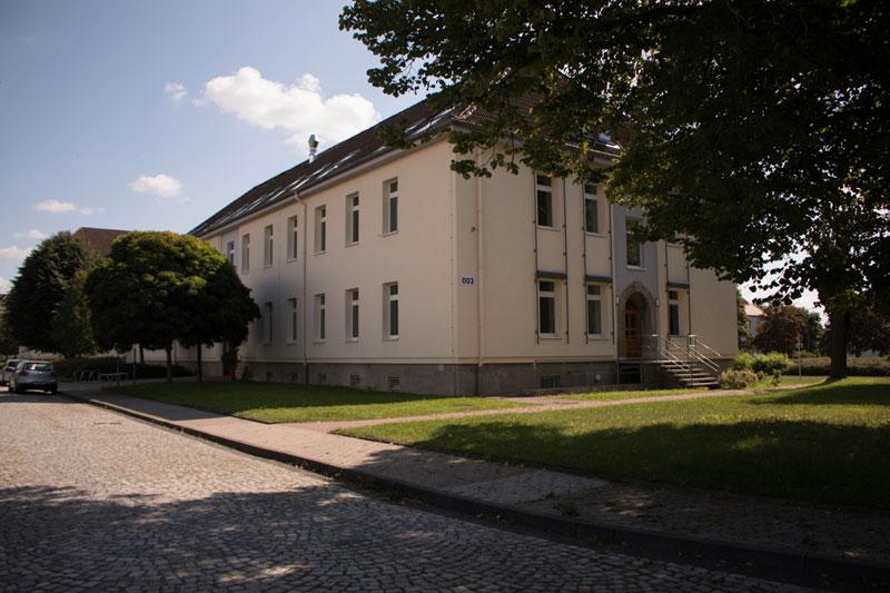 Landratsamt UHK, Lindenhof 1